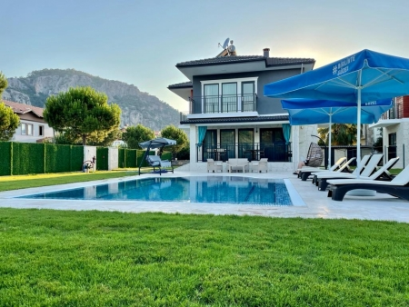 Villa Nisan 1
