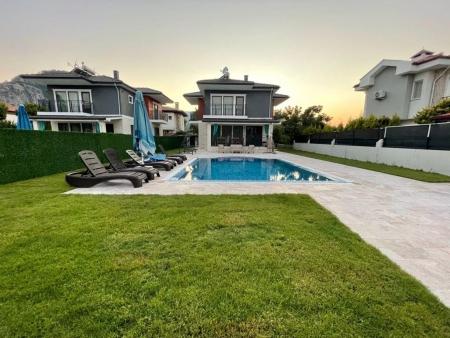 Villa Nisan 2
