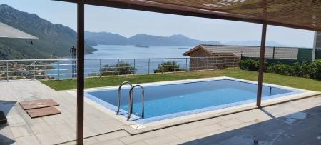 Marmaris Söğüt mevkinde 4 kişilik jakuzili tatil villası
