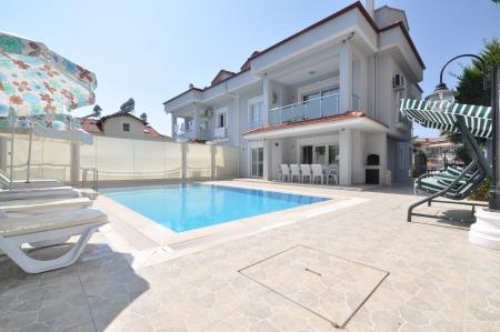 Villa Milenyum 1